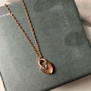 MK rose good necklace
